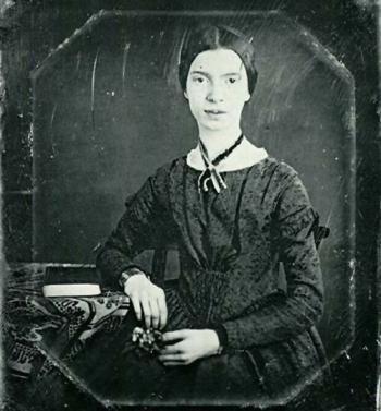 Emily Dickinson, poesía de infinita tristeza