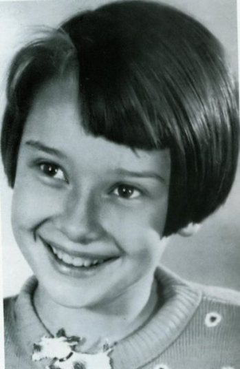 Audrey Hepburn de niña