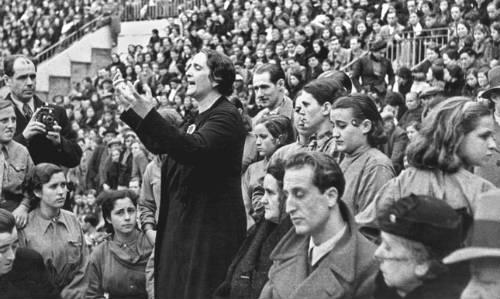 """[PCE] Mitin Dolores Ibarruri: """"El carbón asturiano para la soberanía del pueblo"""" Dolores-ibarruri-la-pasionaria"""