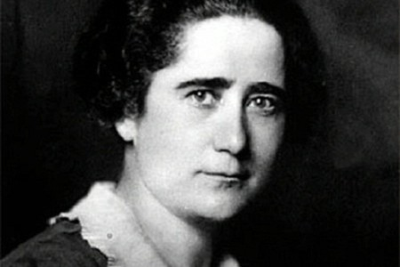 Clara Campoamor, importante política del siglo XX
